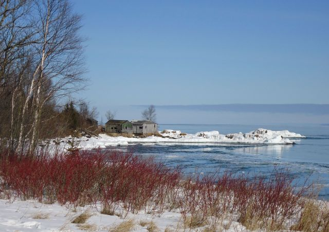 LAKE SUPERIOR N.W. SHORE IN WINTER