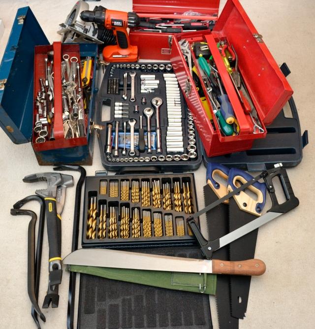 _DSC0025 tools