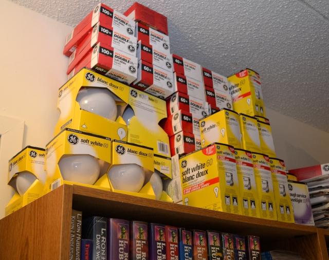 _DSC0031 lightbulb stockpile